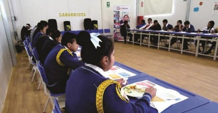Más de 400 escolares de Curgos, el distrito más pobre del país, son beneficiados con desayunos y almuerzos del Midis - Qali Warma - www.qaliwarma.gob.pe