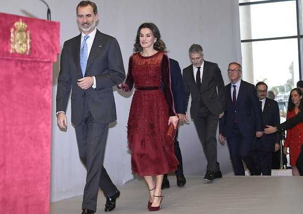 Queen Letizia wore Carolina Herrera burgundy embroidered silk organza midi dress, FW collection, Lodi pumps, Reliquiae clutch