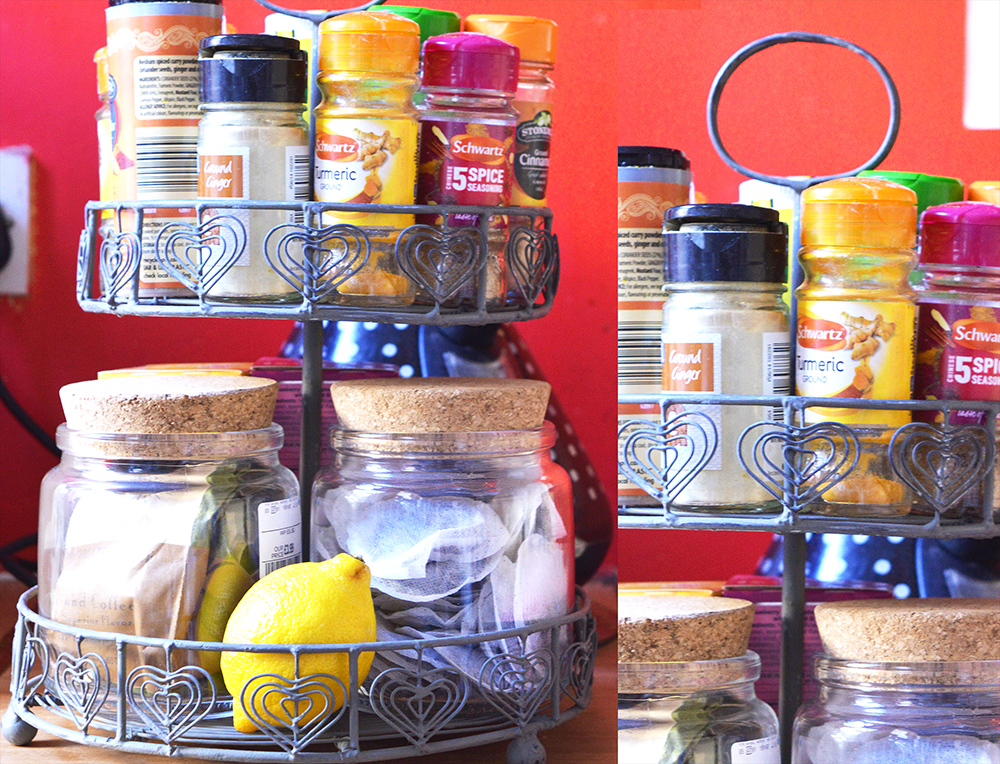 Circular rack with herbs, spices and tea