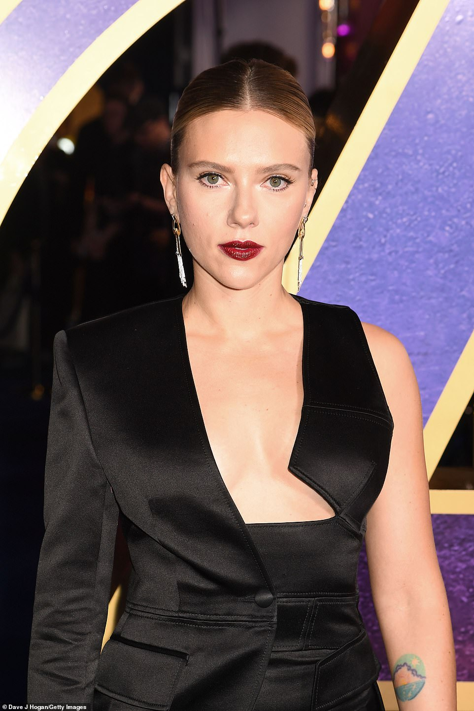 Scarlett wearing a Torm Ford suit