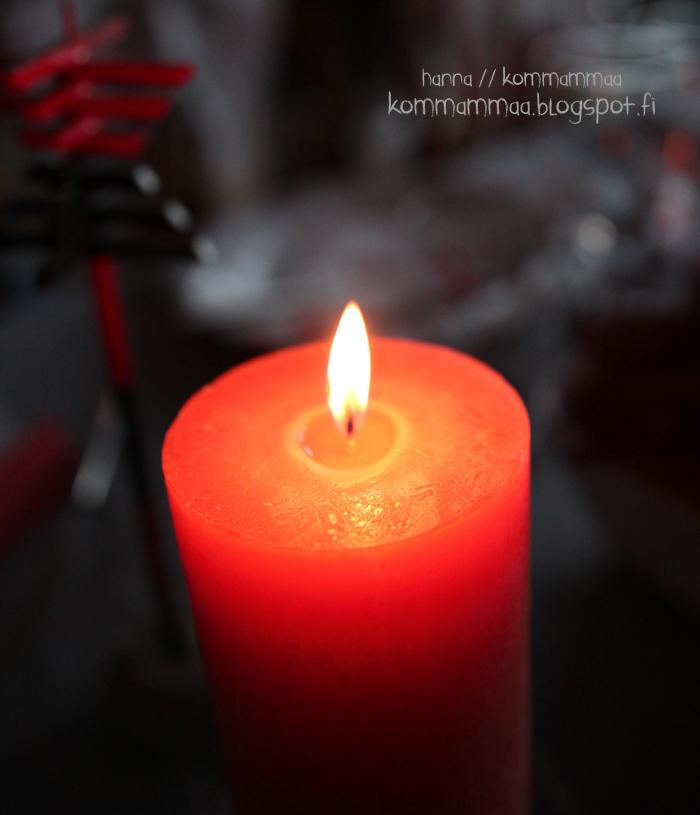 kynttilä punainen liekki haaste ilman puhelinta odotus