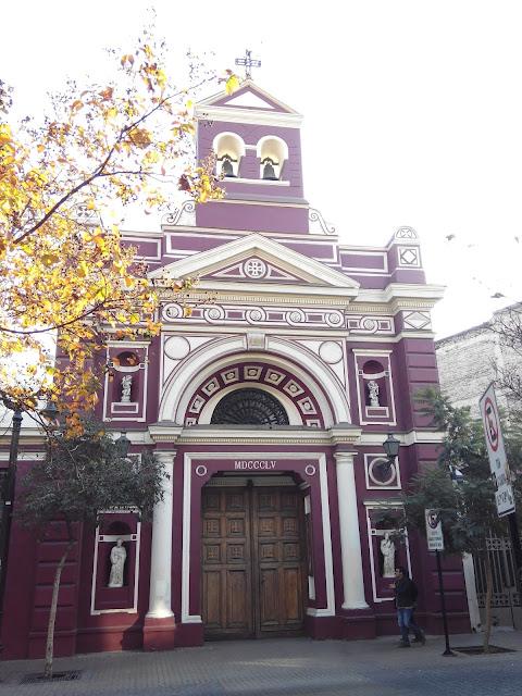 Iglesia de la vera Cruz en Barrio Lastarria Santiago de Chile