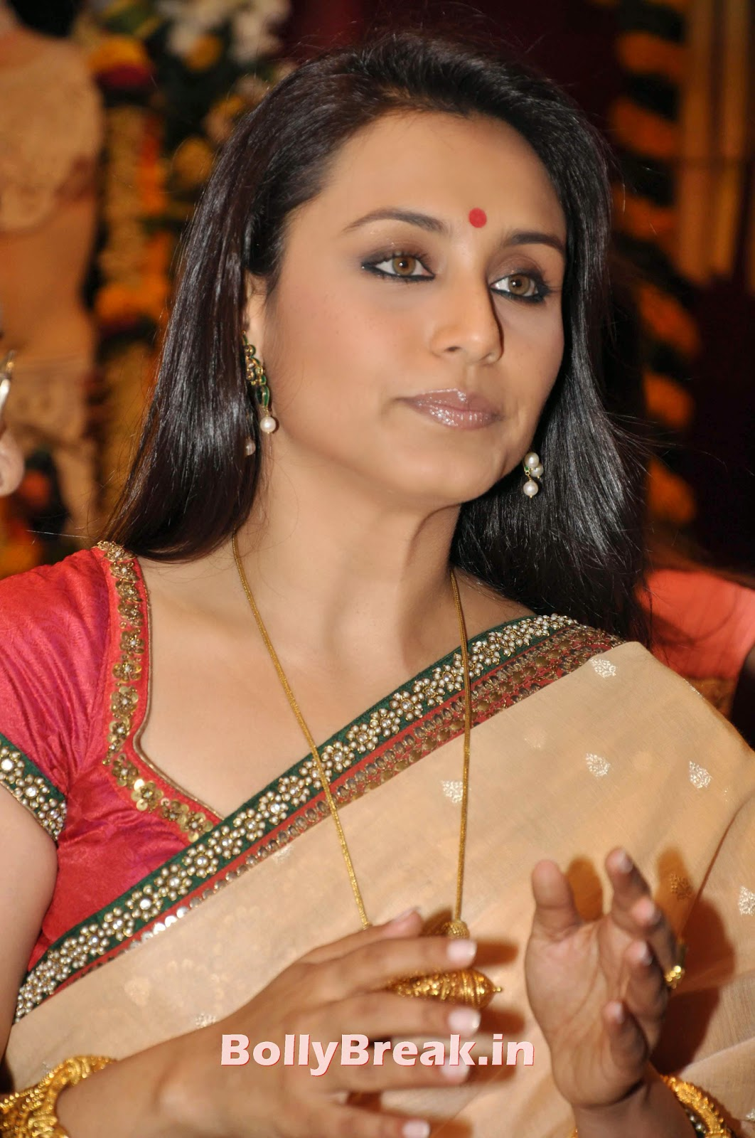 Rani Mukherjee Bengali Saree Hot Pics In Hd - 5 Pics-5837