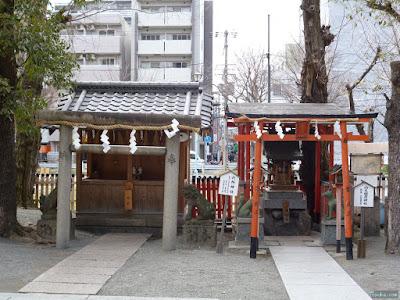 神津神社六社神社山之稲荷神社