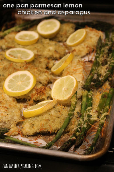 One Pan Parmesan Lemon Chicken and Asparagus // This citrus chicken and asparagus is perfect for spring -- and it's made in one pan! #recipe #chicken #asparagus #SundaySupper #spring