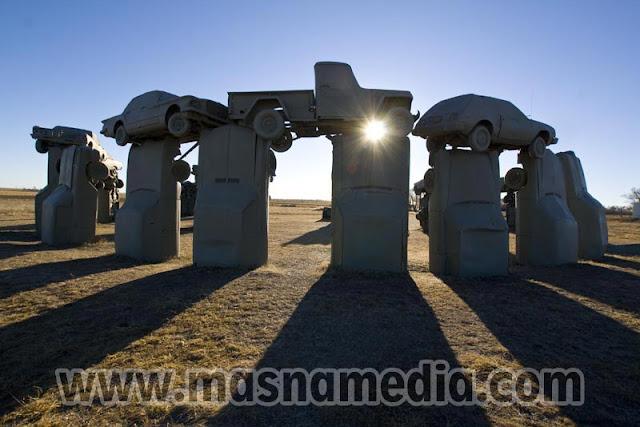 Tempat Wisata Unik Carhenge