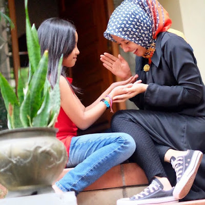 hijab simple  Ala Laudya Cintya Bella