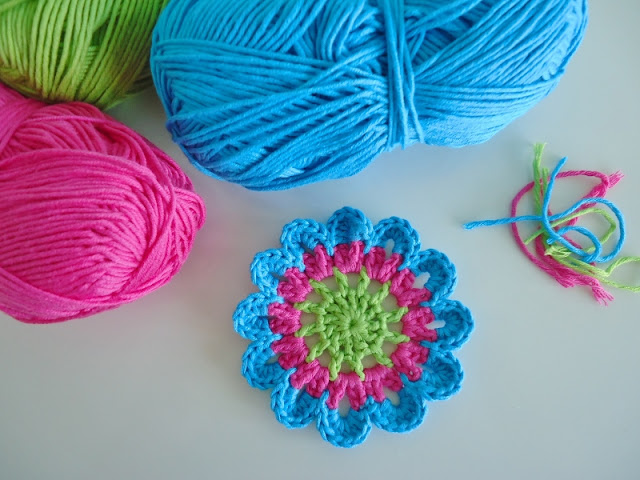 Dinki Dots: Japanese Flower Crochet Coaster