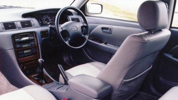 Camry 4 02 -  - Lịch sử các dòng xe Toyota Camry : Đột phá qua từng thế hệ