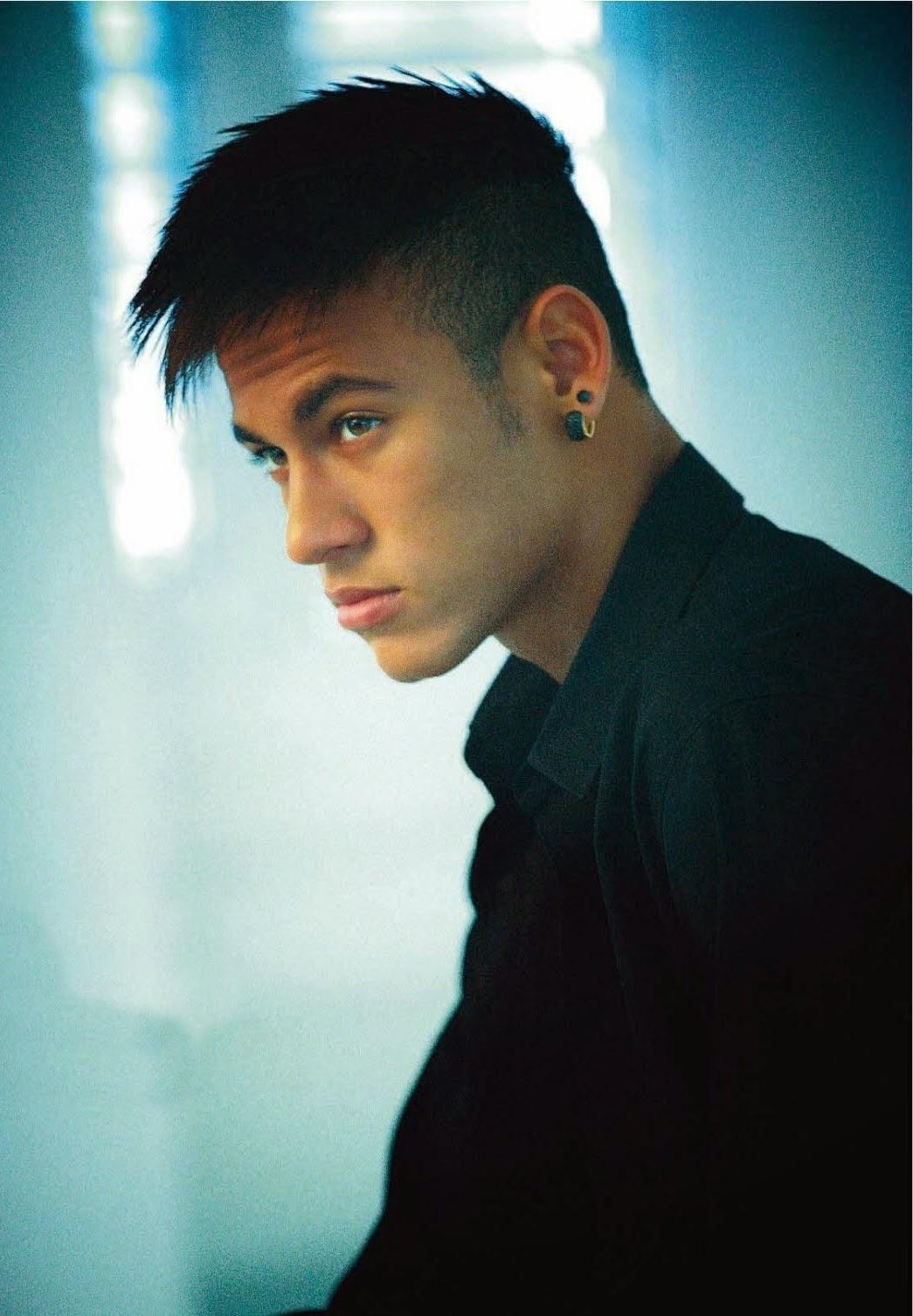 Gaya Rambut Mohawk Neymar