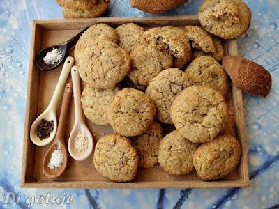 Ciastka chałwowo-kokosowe z czekoladą (z mąki graham)