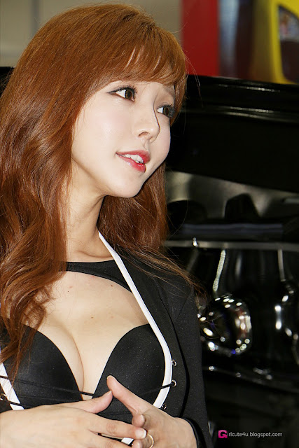 2 Seo Jin Ah - Seoul Auto Salon - very cute asian girl-girlcute4u.blogspot.com