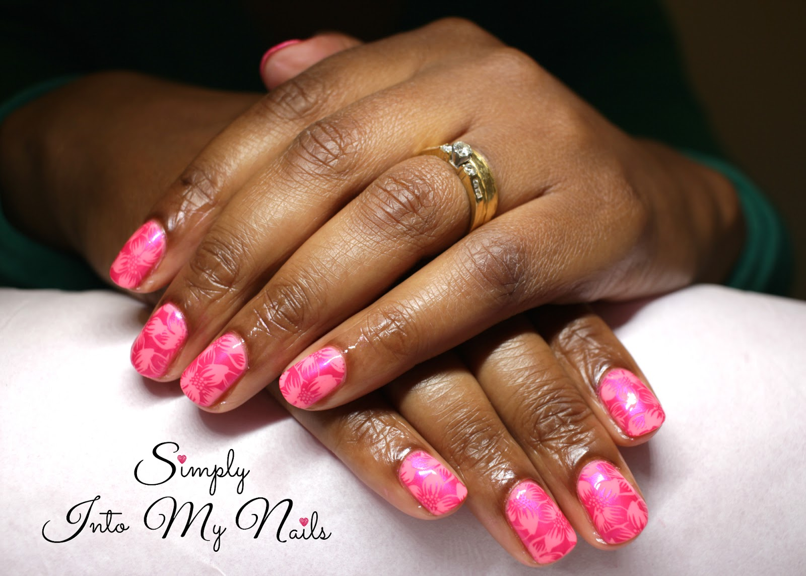 My clients simply into my nails - Diva nails roma ...