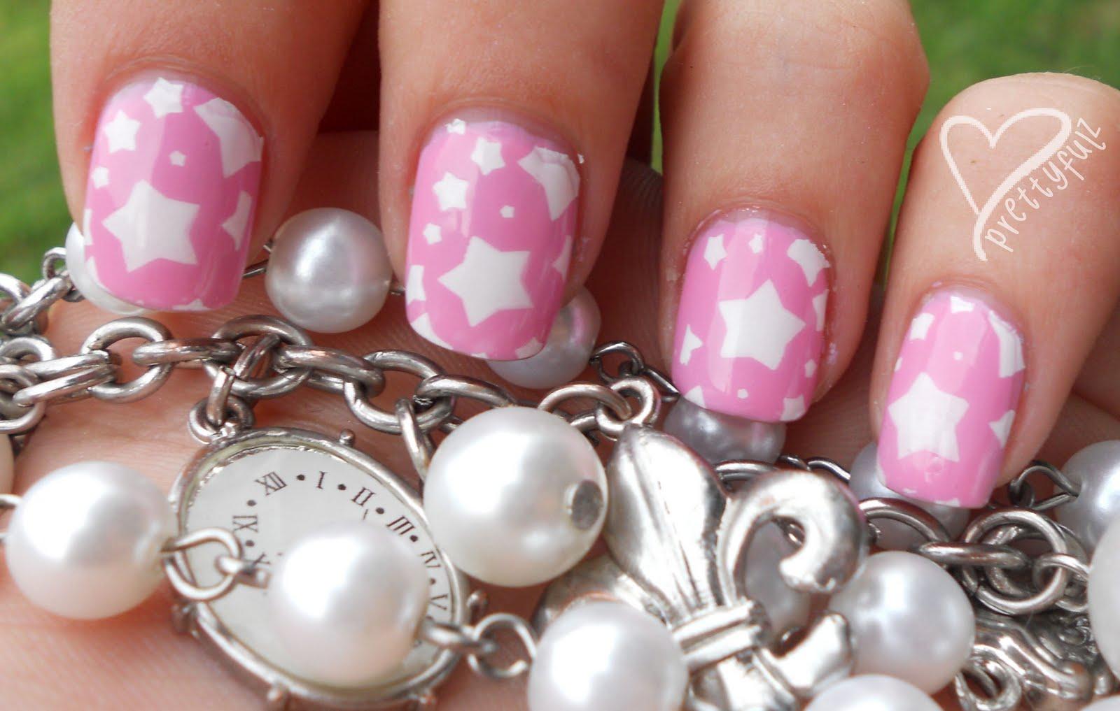 Prettyfulz: Super Cute Pink & White Star Nail Art Design