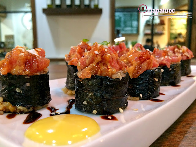 Spicy Tuna Quinoa Roll from Runner's Kitchen