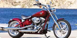 Harley Davidson Rocker стоимость этого зверя $130 000.