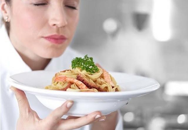 Η μυρωδιά του φαγητού μάς παχαίνει;
