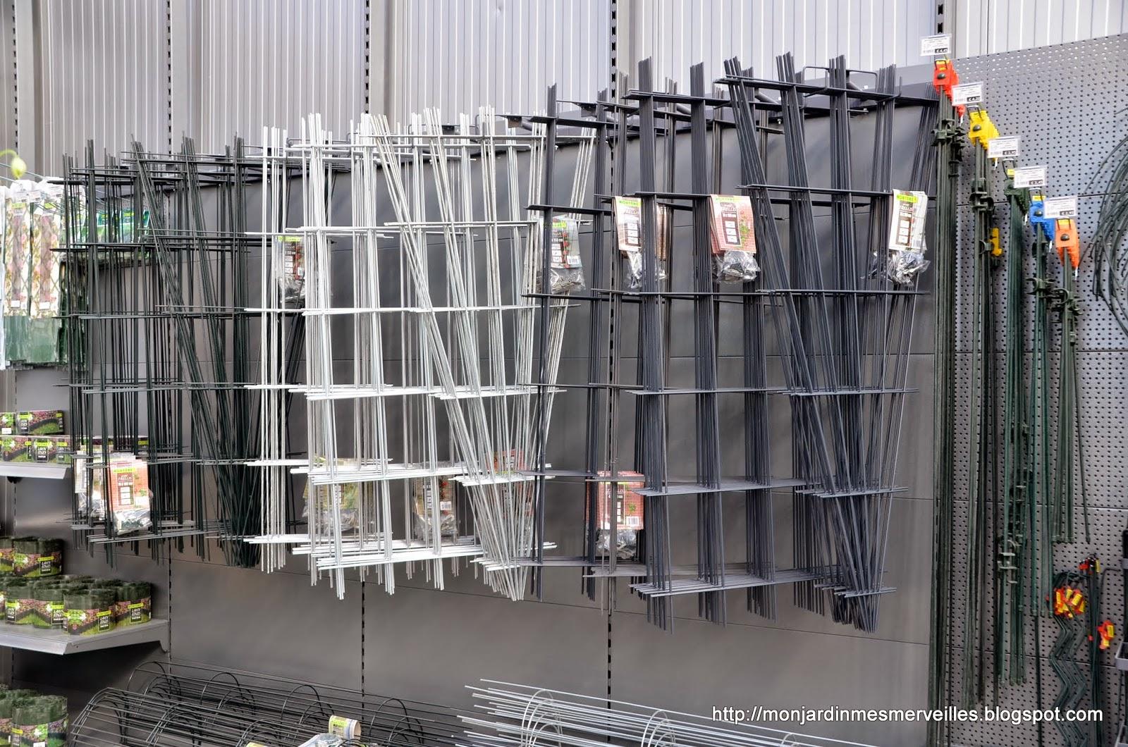 fabriquer un tuteur pour rosier grimpant tuteurs et colonnes faire tuteur pour plantes soi. Black Bedroom Furniture Sets. Home Design Ideas