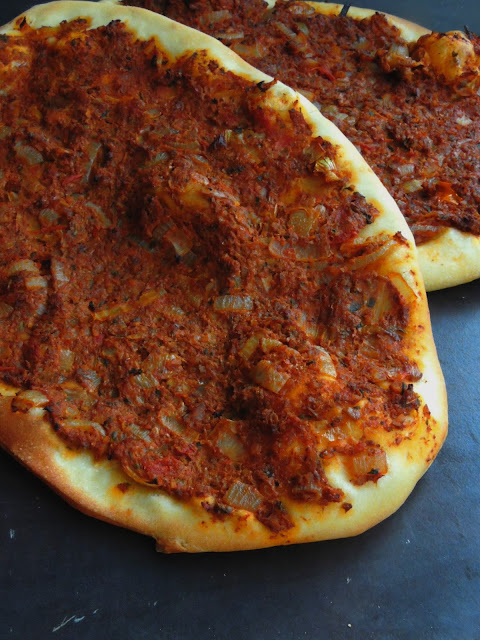 Lahmacun, Turkish Pizza