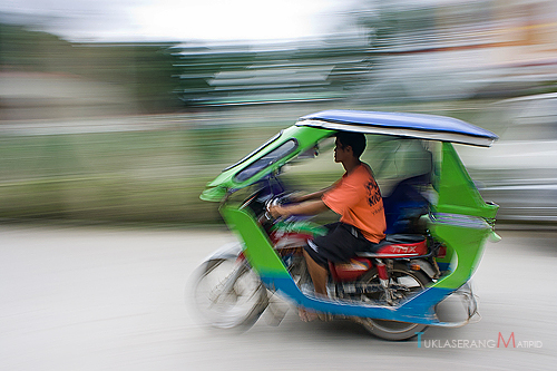 El Nido Tricycle on the move