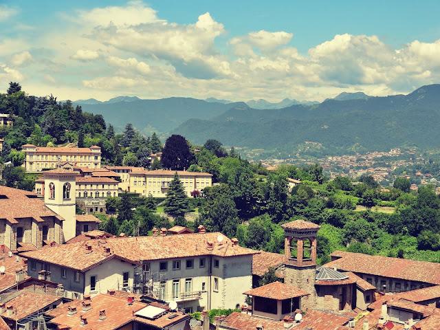 Zwiedzanie Bergamo w kilka godzin - co warto zobaczyć i gdzie zjeść dobre włoskie jedzenie?
