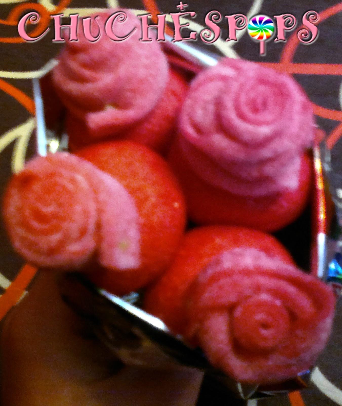 ramo pequeño de chuches  brochetas rosas