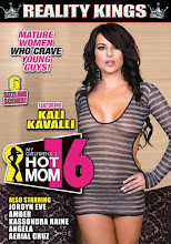 My Girlfriends Hot Mom 16 xXx (2015)