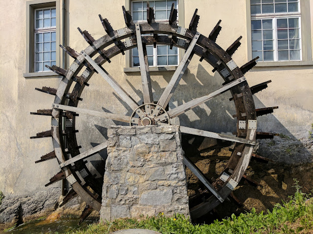 Great places to visit near Zurich: water wheel at Rhine Falls