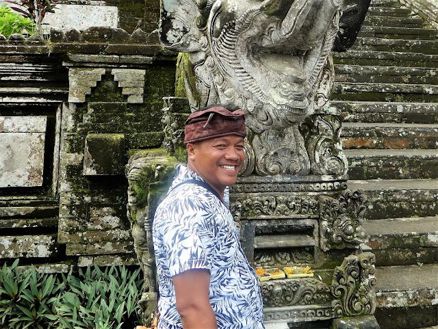Bästa guide-chaufför  på Bali