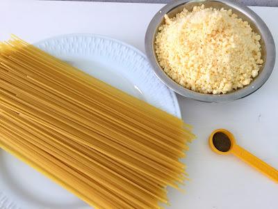 espaguete cacio peppe