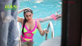 Daisy Shah in Stunning Wet Swimsuit   .xyz Exclusive 005.jpeg