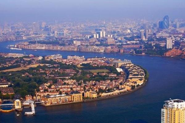 نهر التايمز فى لندن