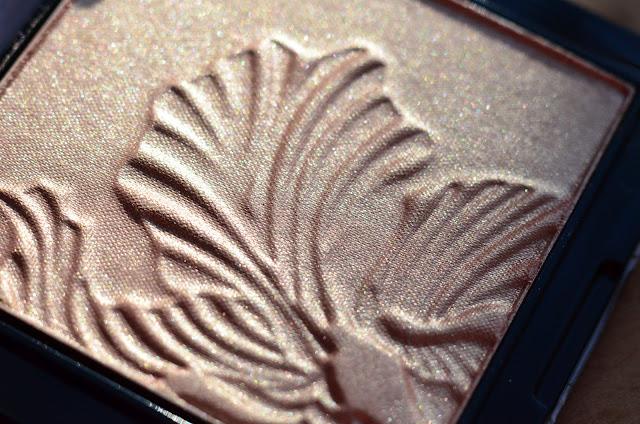 Wet&Wild MegaGlo Highlighting Powder 321B Precious Petals