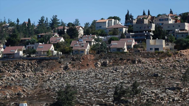España condena plan israelí para legalizar asentamientos