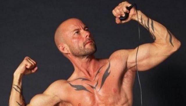 Enam Pria Transgender Berikut Miliki Ketampanan Tak Kalah Dari Pria Asli