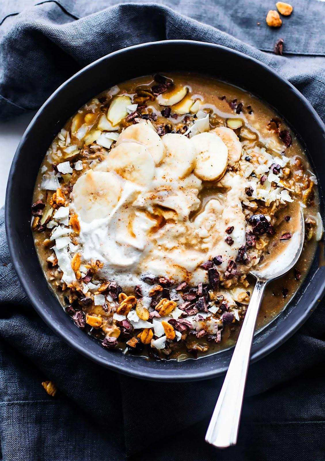 "Vegan ""Dirty Chai"" Detox Breakfast Bowls"
