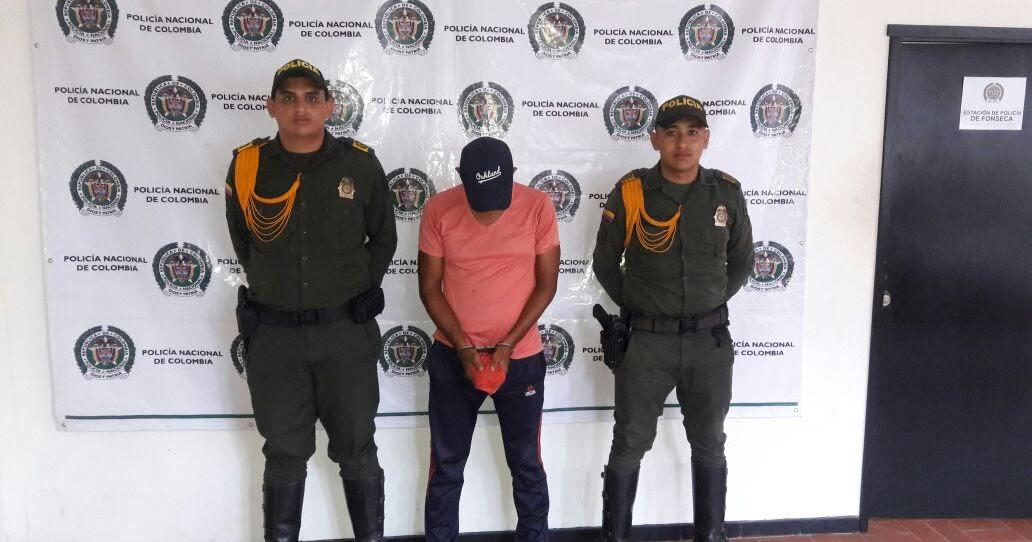 Gente cultura y pueblo ltima hora tres hombres fueron for Interior y policia porte y tenencia
