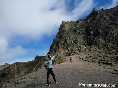 Batu Gunung Kelud via mBlitar