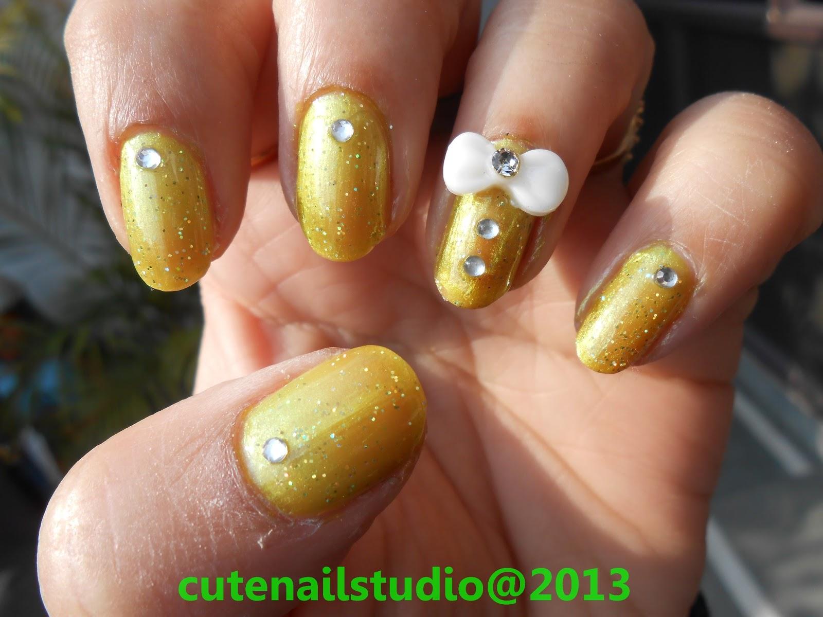 Cute nails: 3D bow nail art.