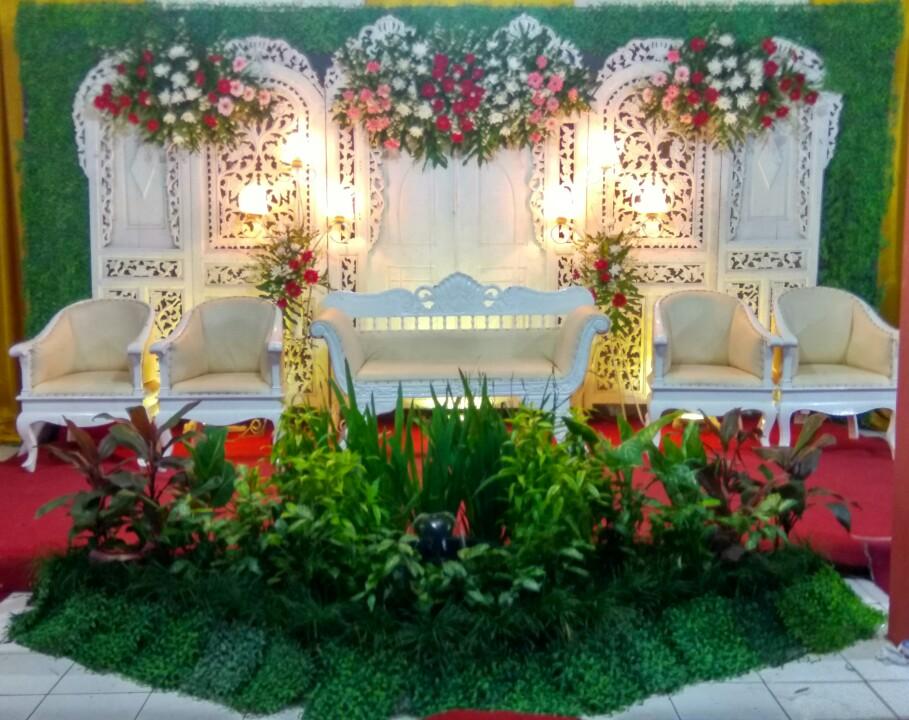 Citra Ayu Wedding Dekorasi Pelaminan Gebyok Putih Murah Di