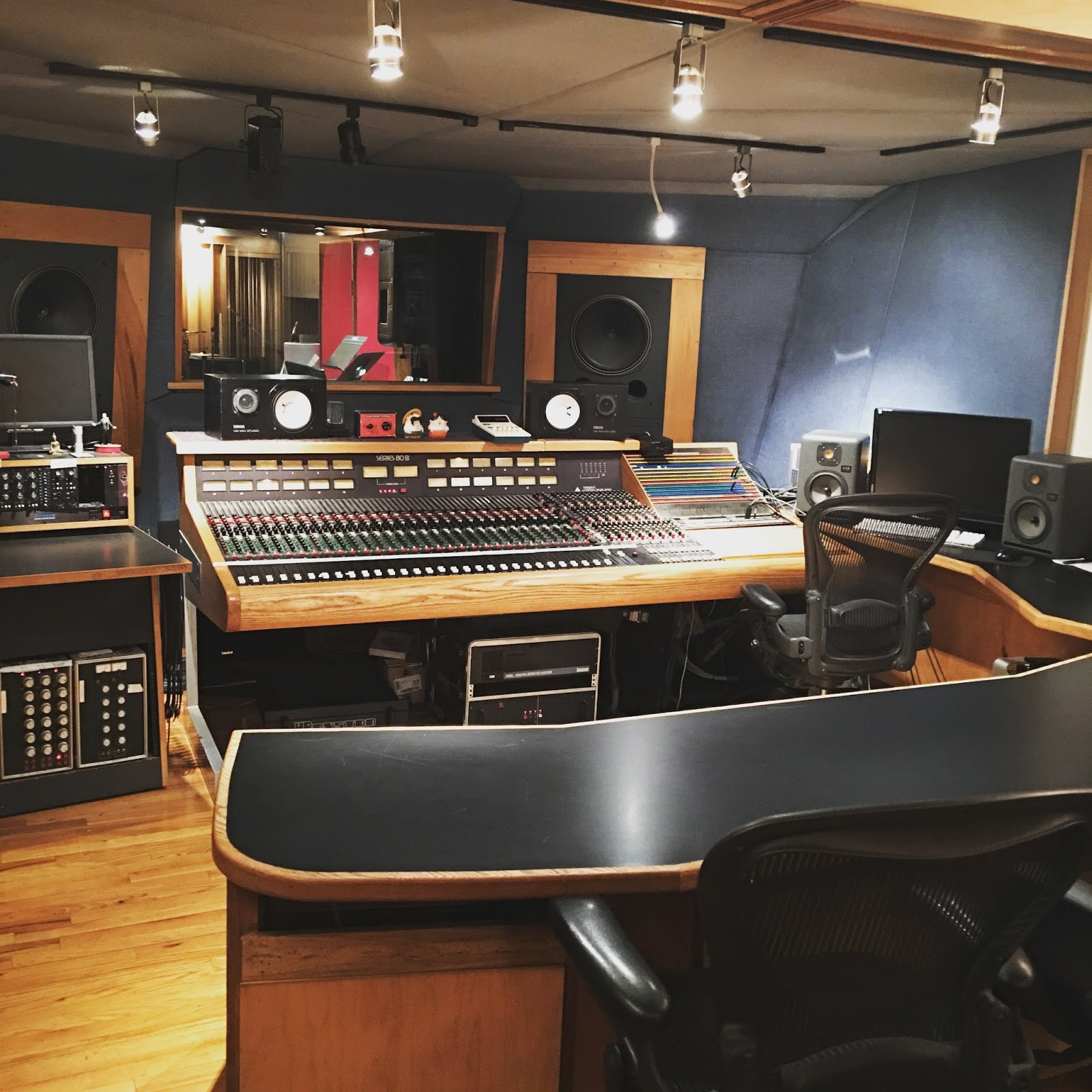 Tremendous Threshold Recording Studios Nyc New York City Manhattan Studio Largest Home Design Picture Inspirations Pitcheantrous