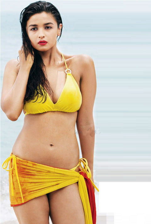 Alia Bhatt hot in bikini