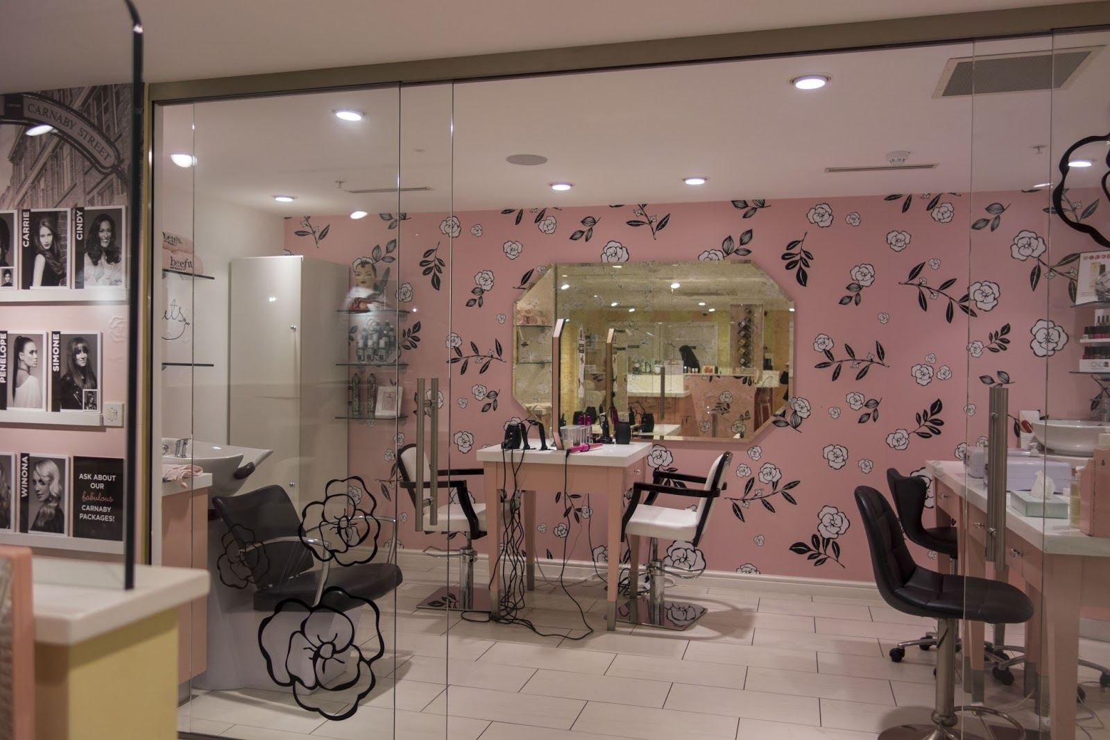 Carnaby Benefit Boutique Review / Makeup Lesson and Hair Blow Out