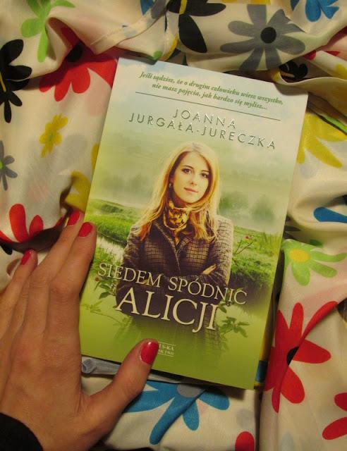"""""""Siedem spódnic Alicji"""" już w mojej biblioteczce!"""