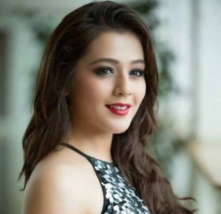 Priyal Gor Actress Hd Photos