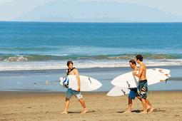 Tiket Masuk Pantai Petitenget Seminyak Bali dan Keindahannya