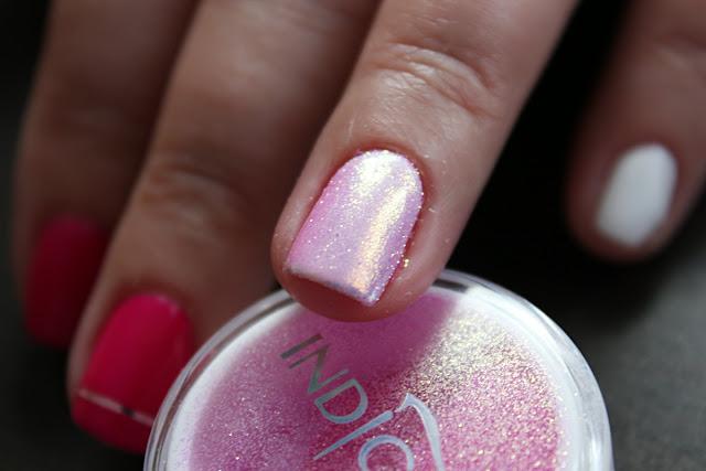 Indigo syrenka efekt syrenki pastelowy pastel pink