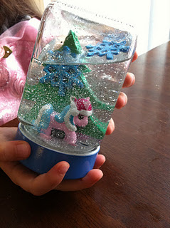 Gifts in a jar for kids snowglobe