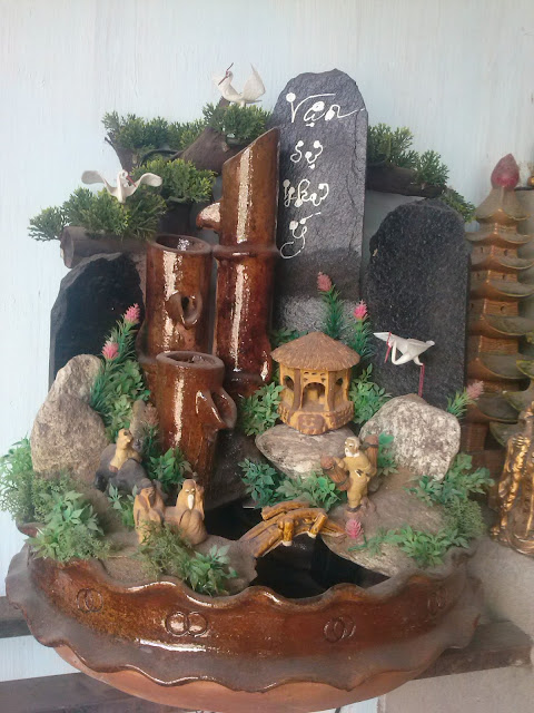 thác nước phong thủy đất nung, gốm chăm pa