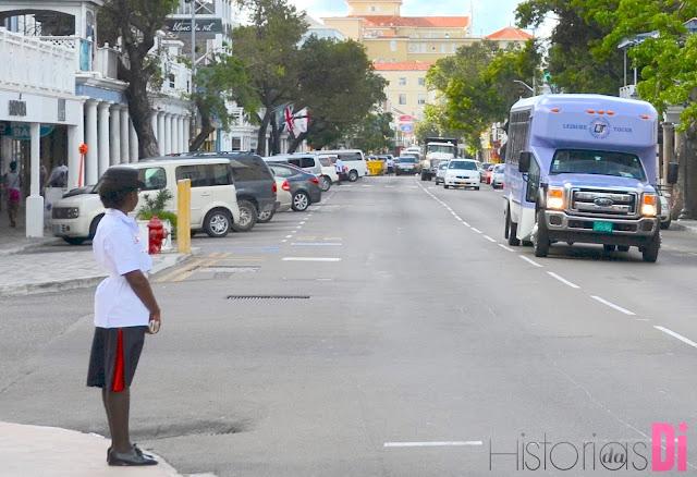 Policial em Nassau